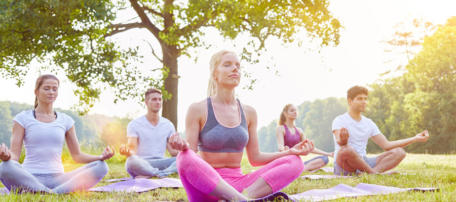 Suivre des cours de méditation et de yoga